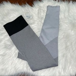 NWT Aerie Leggings Ribbed Colorblock Gray Size XS